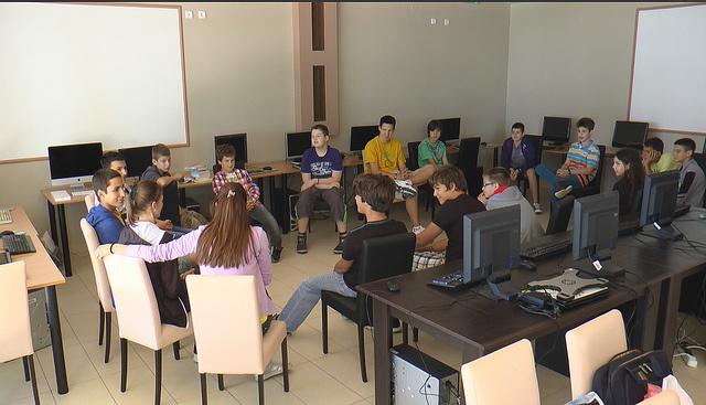 Deo atmosfere u kompjuterskom kampu za decu