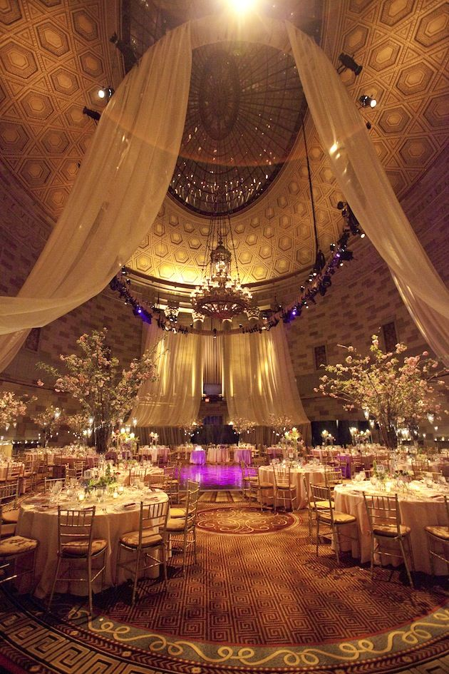 Photo by Mel Barlow Originaly posted in: http://insideweddings.com/